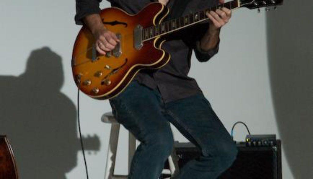w Greg Wall at 323 Jazz, Westport