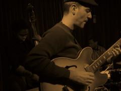 Duo with Camila Meza, Guitar x2 Series at Bar Thalia